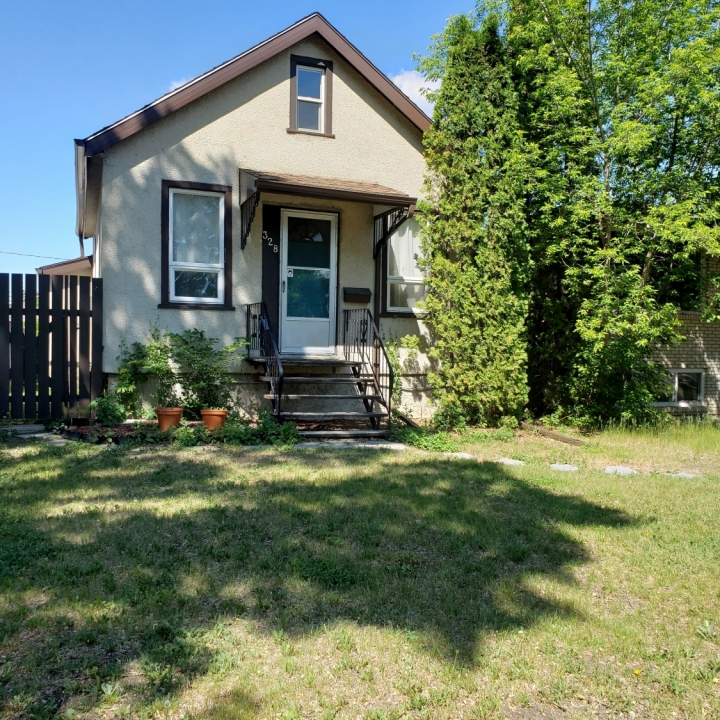 328 Cornwall St - Incentive available!